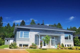 Cozy Semi-Detached House